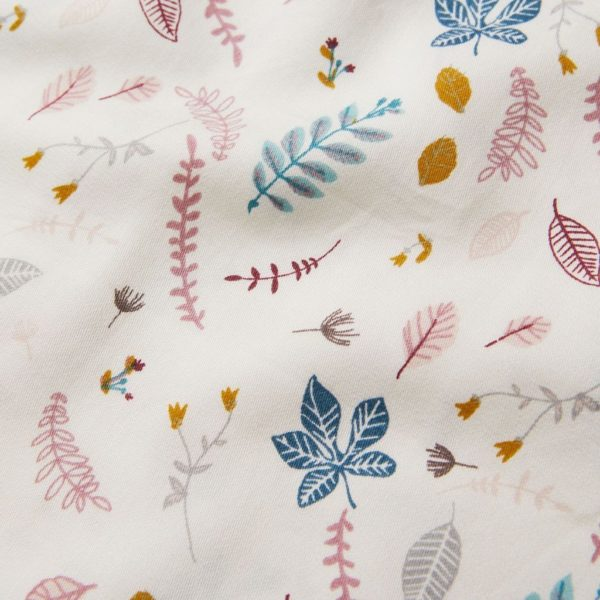 Pressed leaves baby bib fabric details