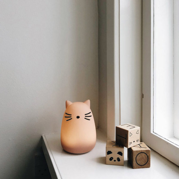 kids pink cat shaped night light